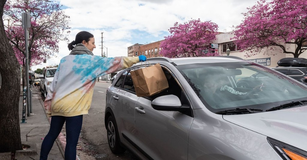 LA Department of Transportation will install special parking zones to ease food pick-up