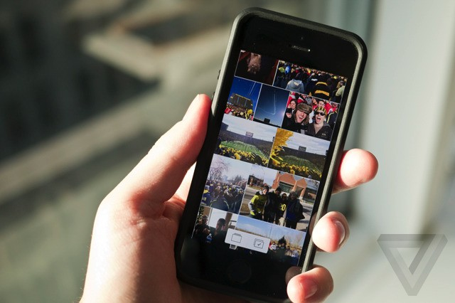 Photos+ lets you watch the GIFs you've saved on iPhone
