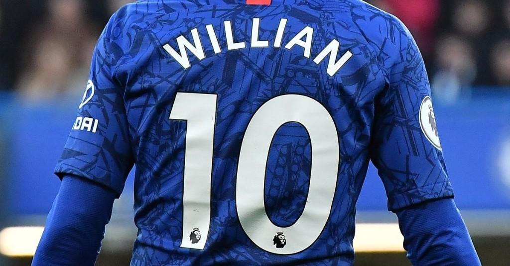 Who should take Willian's No.10 shirt at Chelsea?