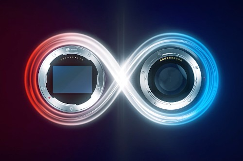 Panasonic, Leica, and Sigma will all use the same full-frame camera lenses