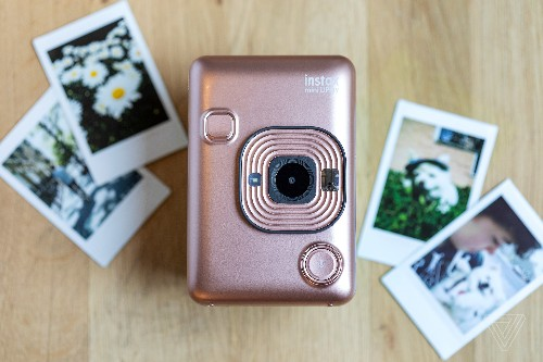 Fujifilm's Instax Mini LiPlay brings audio to the instant camera experience