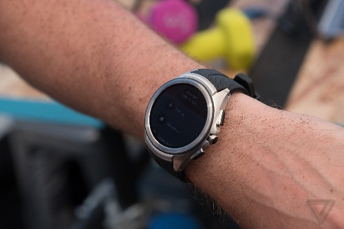 Google will launch two flagship smartwatches early next year