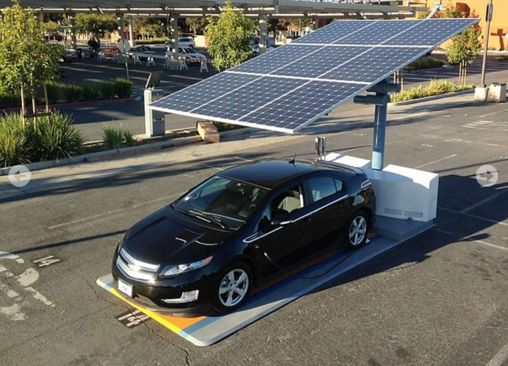 EV owners in San Francisco can now recharge their cars off the grid with solar energy