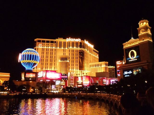 Obama's election team takes data mining to Las Vegas