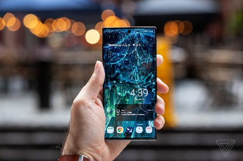 Samsung Galaxy Note 10 review: smaller phone, bigger expectations
