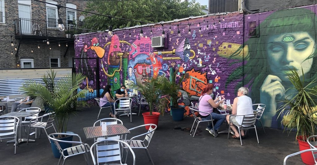26 New Outdoor Dining Options to Try in Chicago