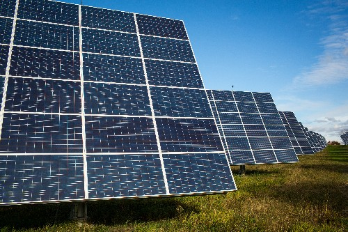 Can crowdfunding bring solar energy to small businesses?