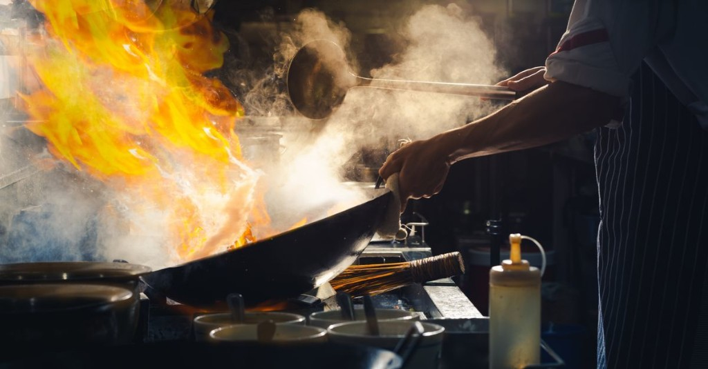 The Best Woks, According to Chefs and Cookware Experts