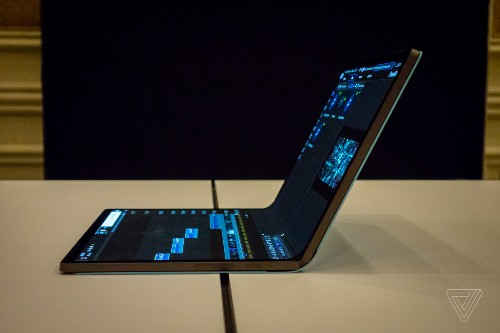 Intel's Horseshoe Bend concept is a look at the future of foldable PCs