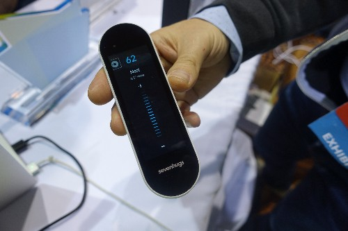Sevenhugs' touchscreen Smart Remote can control any smart device you point it at