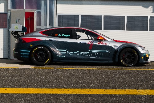 All-Tesla racing series gets the green light