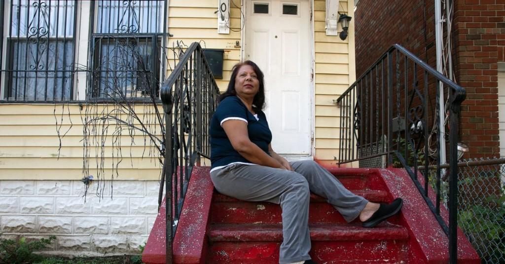 Mom-and-Pop Landlords, Struggling to Collect Rent, Face Hard Times