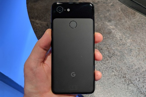 Google's Pixel 3 was used to film part of Eminem's performance on top of the Empire State Building