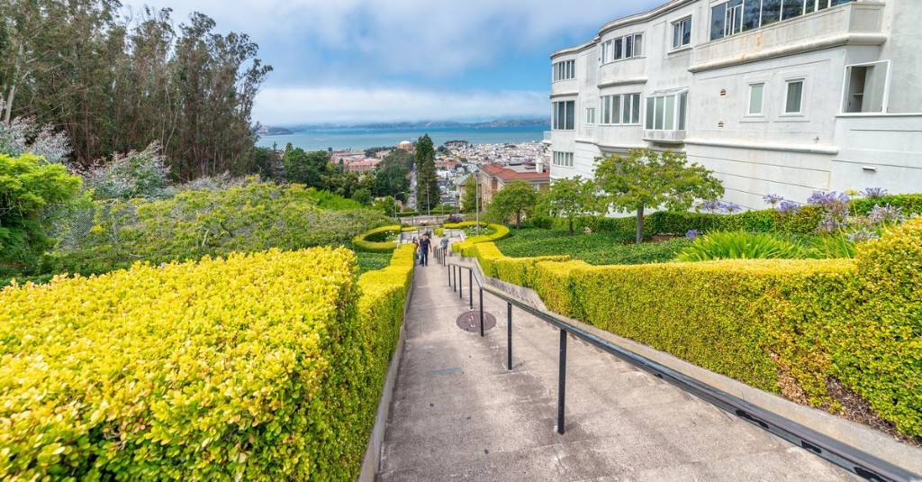 These are the perfect San Francisco strolls