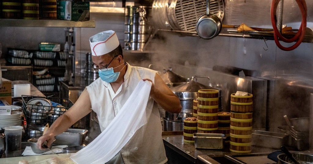 Legendary Chinatown Restaurant Jing Fong Reopens for Dim Sum Delivery