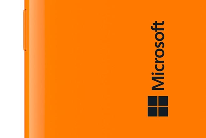 Microsoft Lumia design officially revealed without Nokia branding