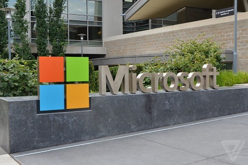 Microsoft overhauls SharePoint to compete with Slack in the mobile era