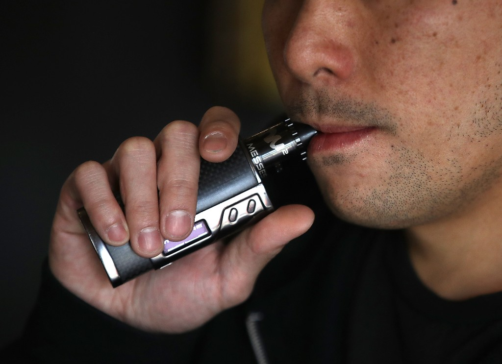 Vaping: the astonishing surge in e-cigarette use - cover