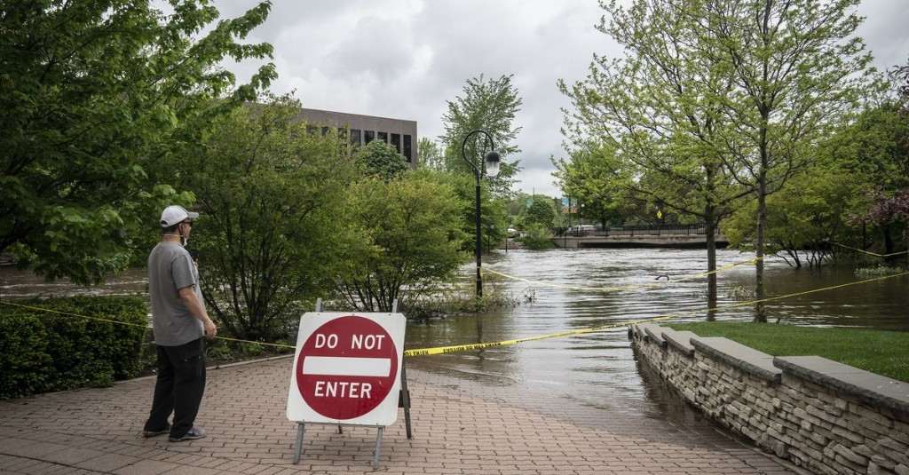 Millions of homeowners who need flood insurance don't know it — thanks to FEMA