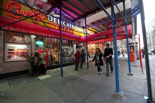 Carnegie Deli Is Back In Action After 10-Month Hiatus
