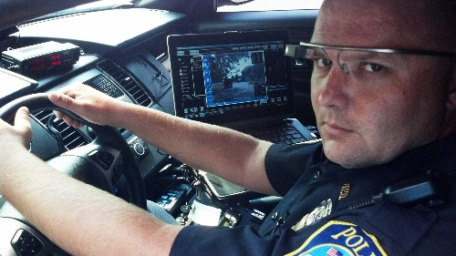 Dubai police use Google Glass to crack down on traffic violators