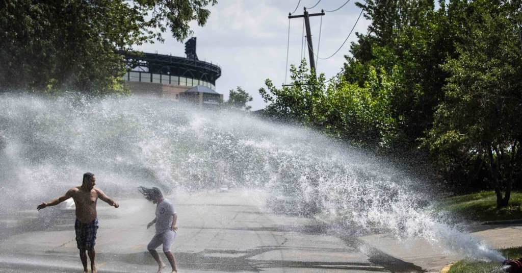 Thunderstorms likely Thursday evening in Chicago as temps fall from the 90s