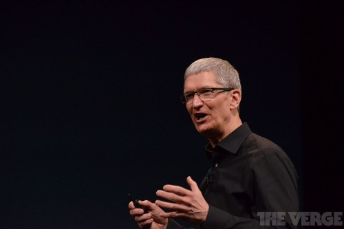 Apple reports a quarterly profit of $18.4 billion, the largest in history