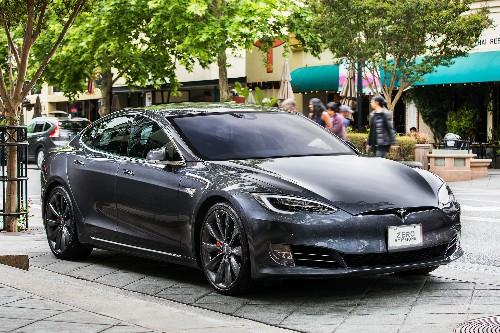 Tesla drops Standard Range versions of Model S and X