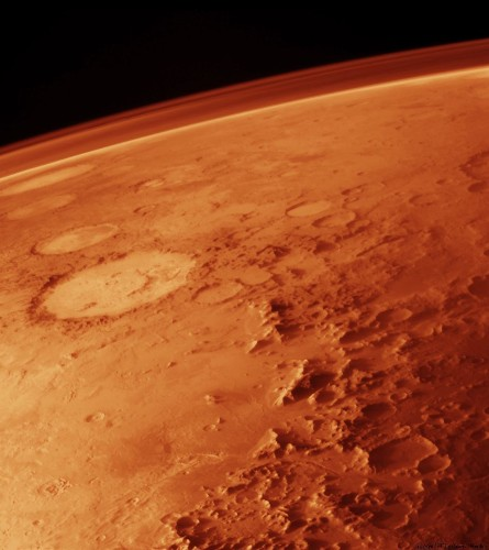 Earth will bombard Mars with videos, photos, and messages in 2017
