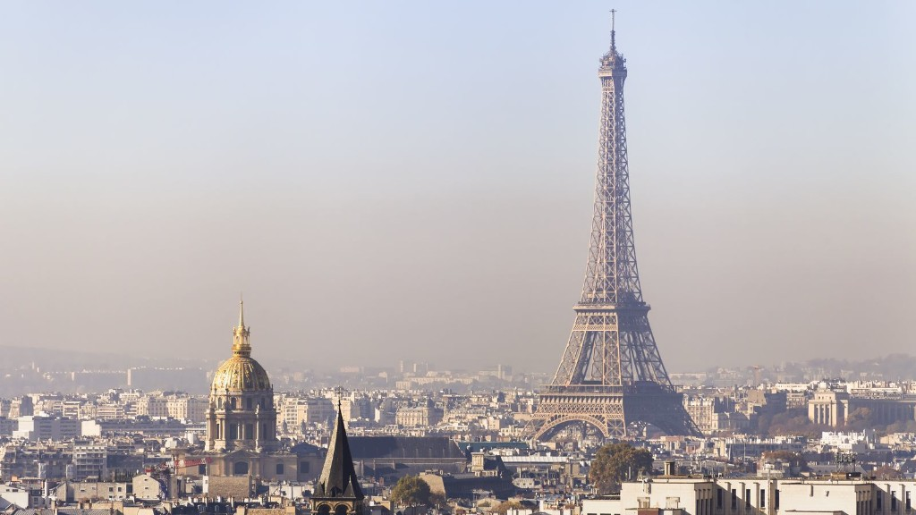 Paris mayor wants to ban cars in city's center to combat pollution woes