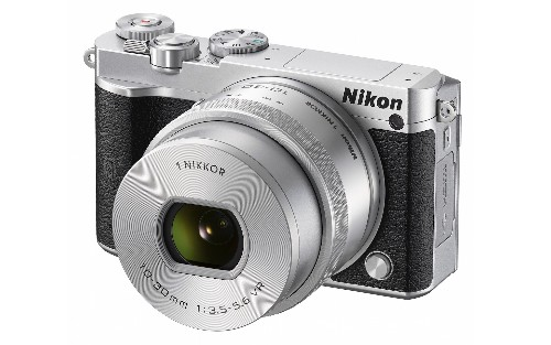 Nikon's new mirrorless camera is the company's most appealing yet