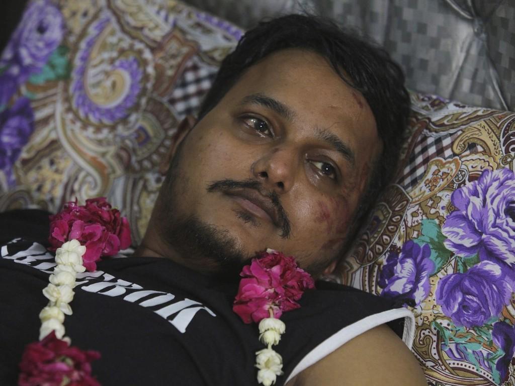 Turbulence, warnings before Pakistan plane crash killed 97