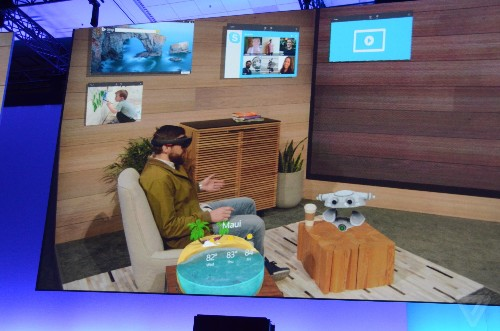 Windows 10 apps in HoloLens look amazing and completely ridiculous