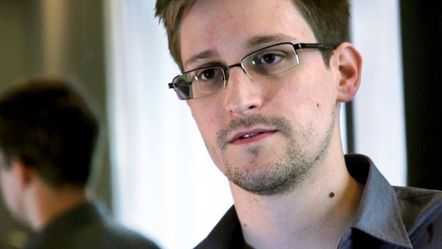 Before surveillance leaks, CIA supervisor warned Snowden could be a security risk (update)