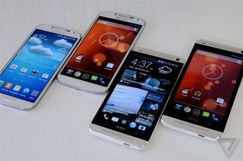 Android 4.4 KitKat update rolling out to Google Play edition HTC One and Samsung Galaxy S4