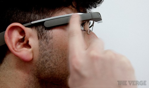 Google will demonstrate Glass SDK at hackathon later this month