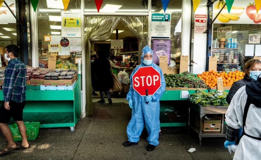 Photographer Camilo José Vergara reveals the pandemic's lingering effects