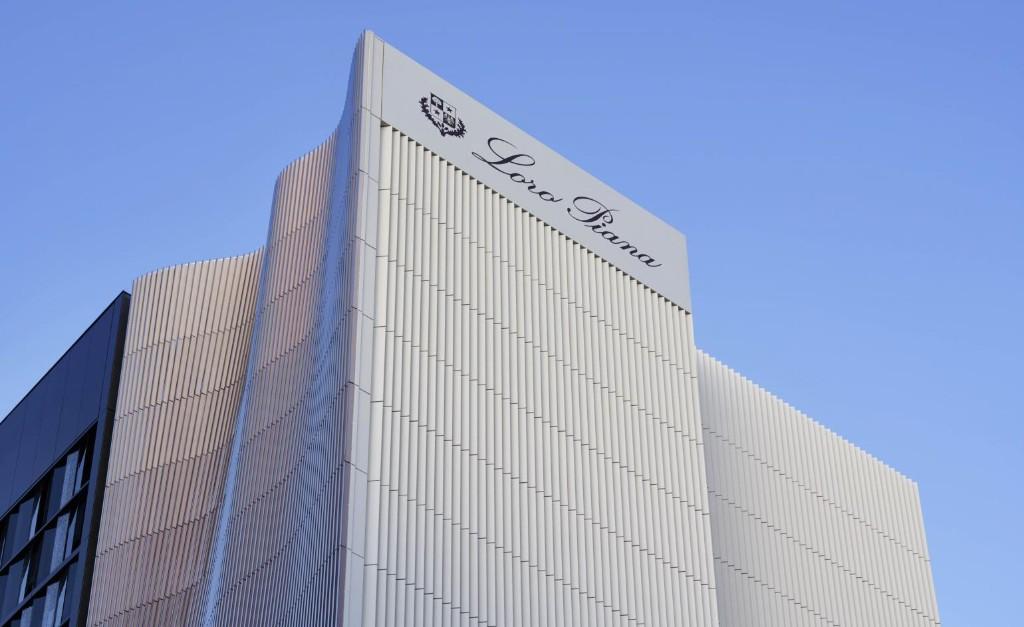 Architect Jun Aoki designs fabric-like façade for Loro Piana's new Tokyo flagship