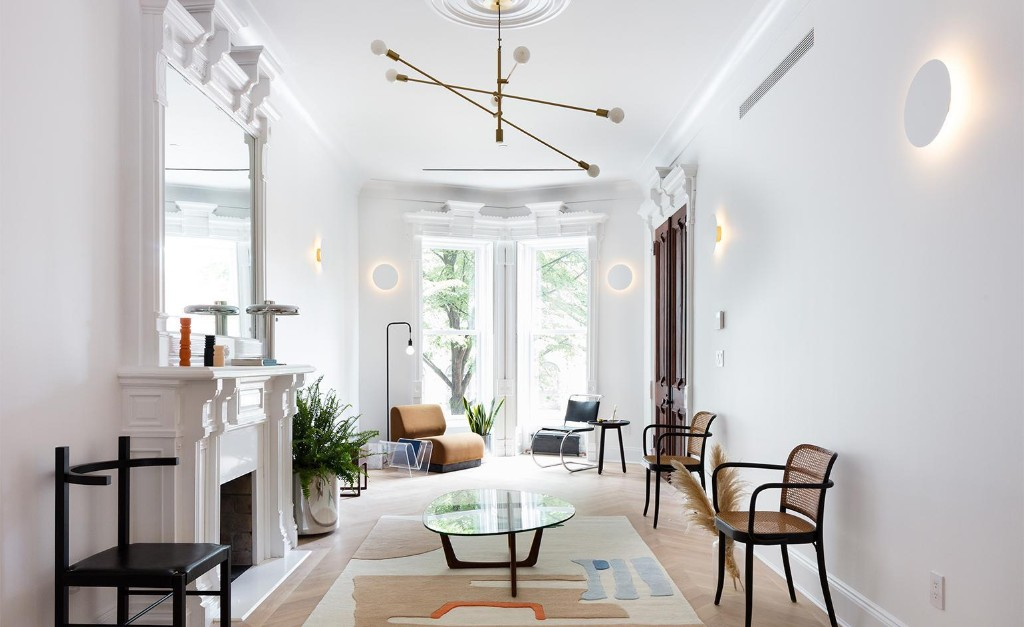 A historical townhouse in New York City gets a modern interior design makeover