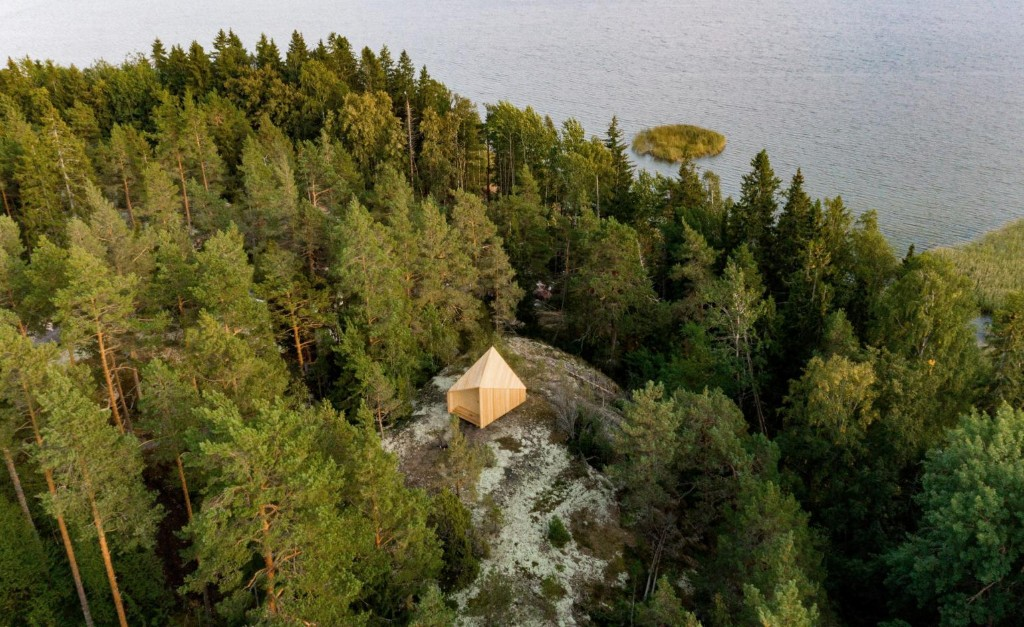 Optimise your living space with this modular Finnish cabin design