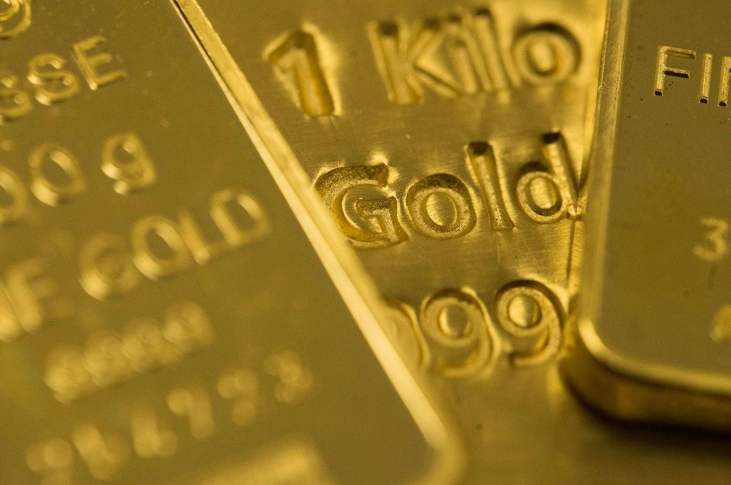 5 reasons why gold prices are soaring