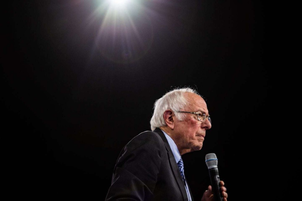 Bernie Sanders briefed by U.S. officials that Russia is trying to help his presidential campaign