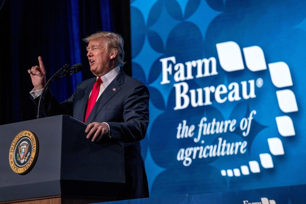 Trump's farmer bailout gave $21 billion to red counties and $2.1 billion to blue ones