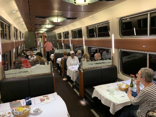 The end of an American tradition: The Amtrak dining car