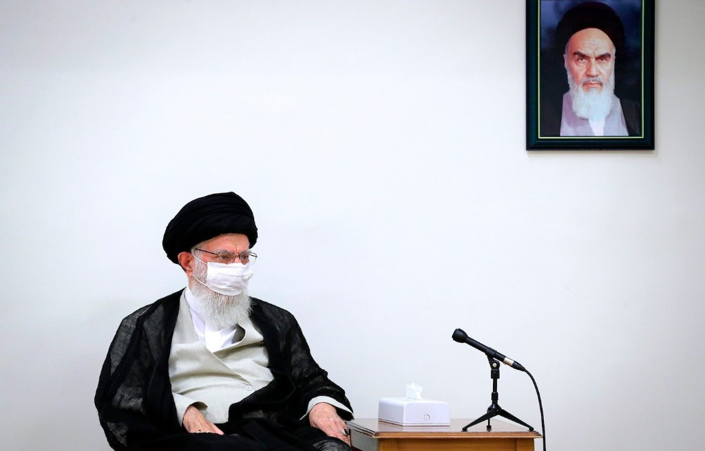 In deep trouble, Iran grabs a Chinese lifeline