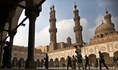 Egyptian government orders Muslim preachers to give identical, pre-written weekly sermons