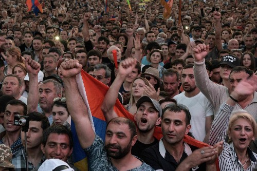 Armenia's revolution enters new stage as Russia begins to take notice