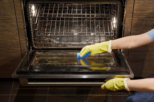 How to clean your oven without breaking a sweat