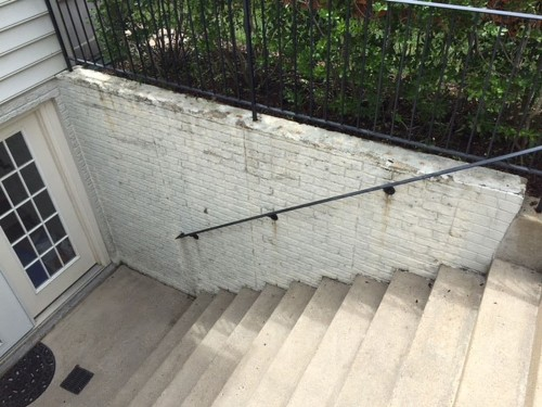How to resurface a concrete wall whose topping is crumbling