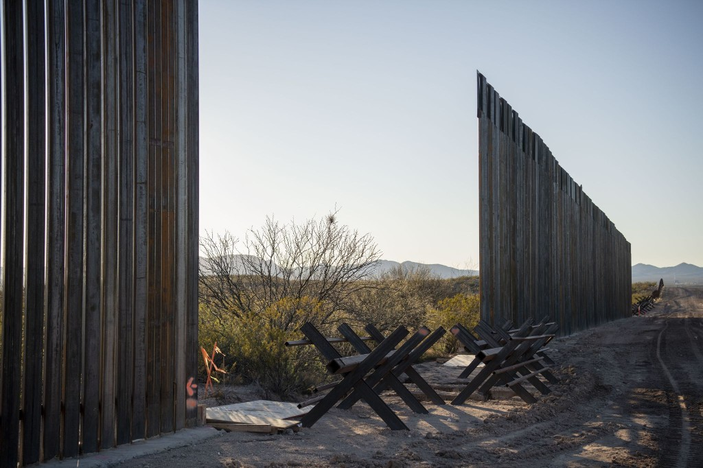 It's hard to say what's worse about Trump's wall: The incompetence or the corruption